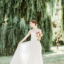 Wedding photographer Evgheni Lachi (eugenelucky). Photo of 27.04.2018
