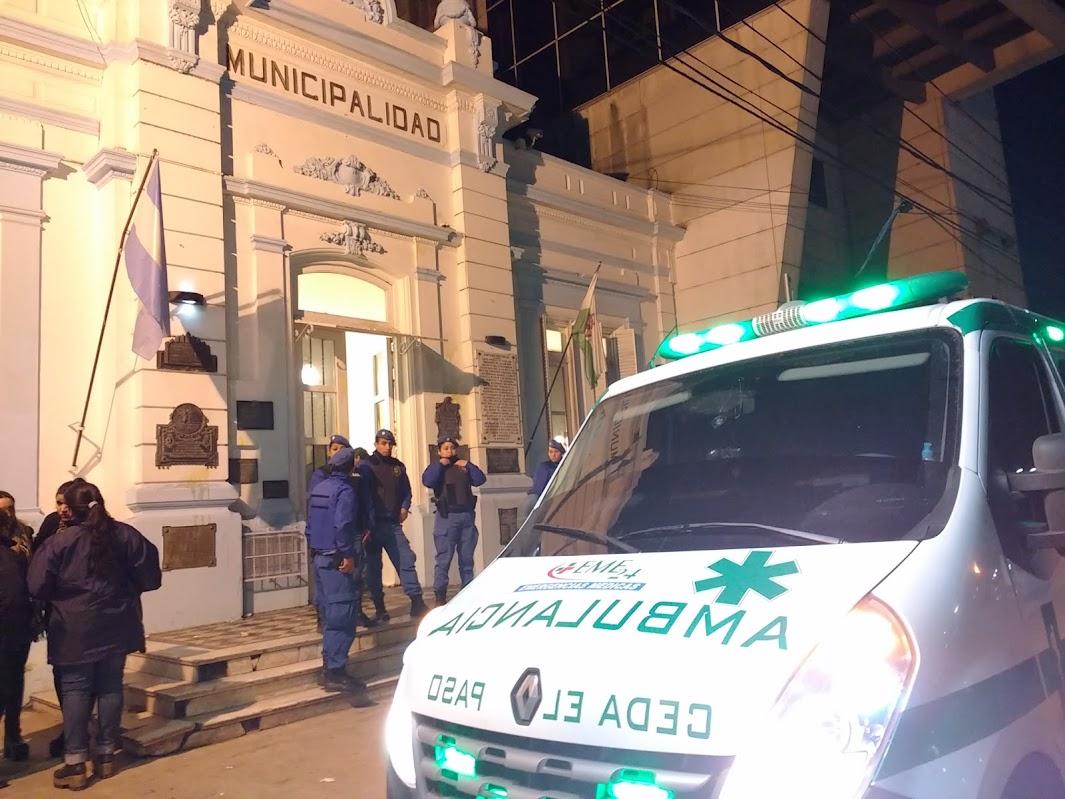 Manifestación por las tarifas terminó en escándalo y hasta salió herido Kubar (Hay video)