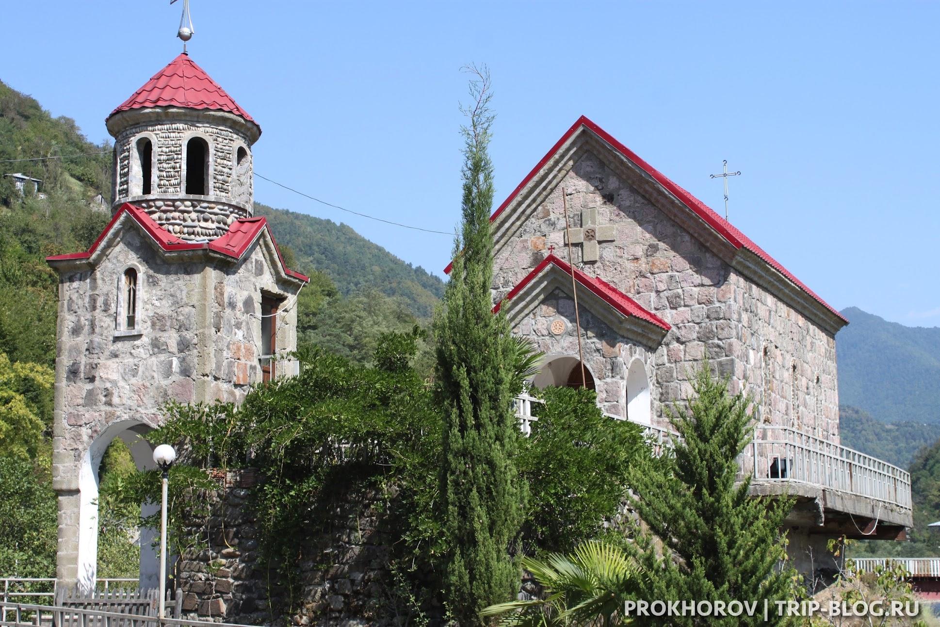 Зваре церковь