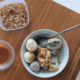 Bakso Malang by Sugiarto Widodo - Food & Drink Plated Food ( meatballs, foods, meat, indonesian food, food )