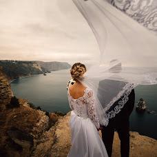 Wedding photographer Viktoriya Pismenyuk (Vita). Photo of 08.02.2017