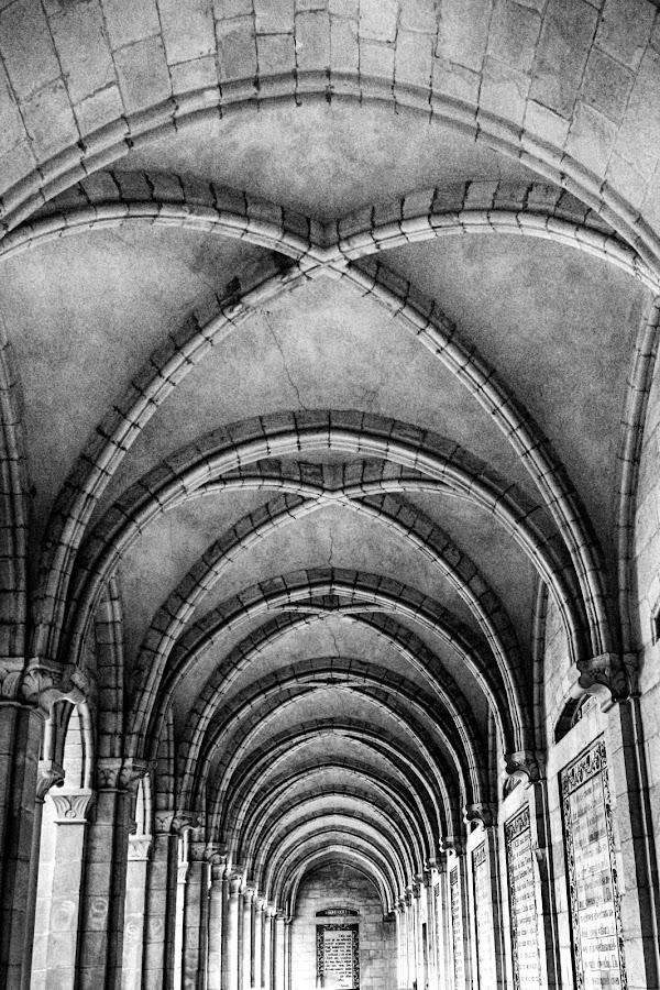 Hallway by Geoffrey Saturnus - Uncategorized All Uncategorized