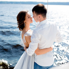 Wedding photographer Dina Romanovskaya (Dina). Photo of 06.10.2017