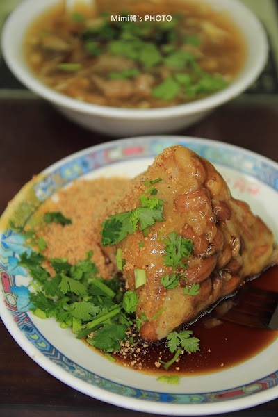 海龍肉粽菜粽(24H):府城宵夜,怎麼路邊隨便找一間,就是80年老店!?