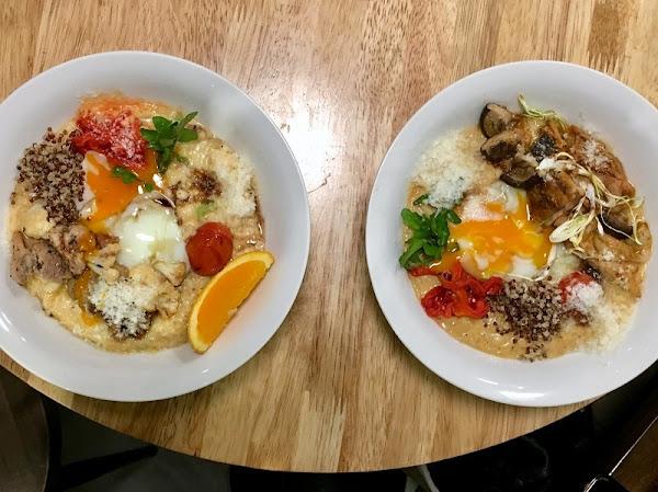 五顏六色的食材搭配誘人的溫泉蛋顏值高_燉飯玩出新創意新滋味_桔梗燉飯 Jie Genge