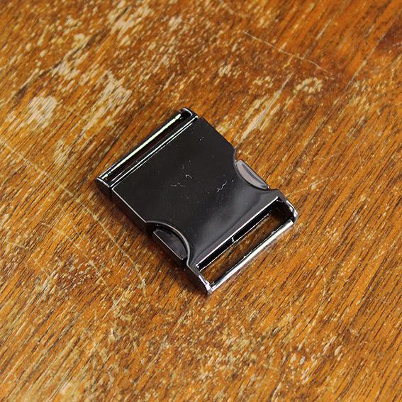 Metallspänne 25mm - svart