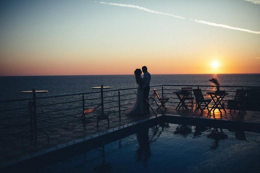 婚禮攝影師Vasiliy Tikhomirov(BoraBora)。26.03.2017的照片