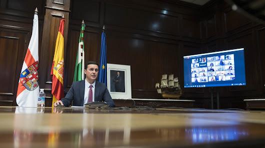 El presidente de Diputación durante el pleno.