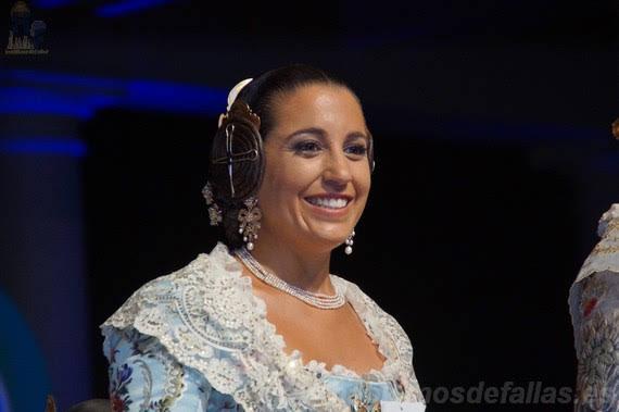 Ana Lucia Ebri Mozó. Corte de Honor 2019. Isable la Católica - Cirilo Amorós.