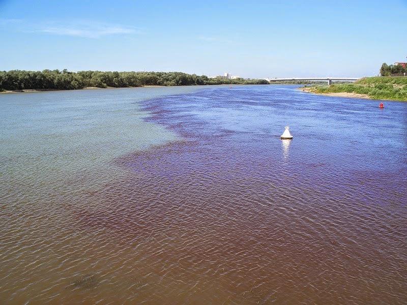 Река Иртыш в Омске