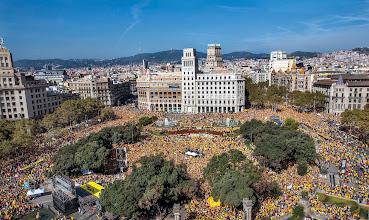 Photo: BARCELONA. 19.10.2014Concentracion en la Pl Catalunya convocada por la ANC Ara es l'Hora Un pas Endavant por la unidad del 9N. FOTO FERRAN SENDRA