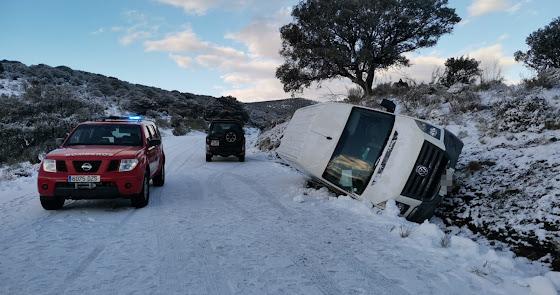Rescatan a dos mujeres atrapadas por la nieve en una carretera de la provincia