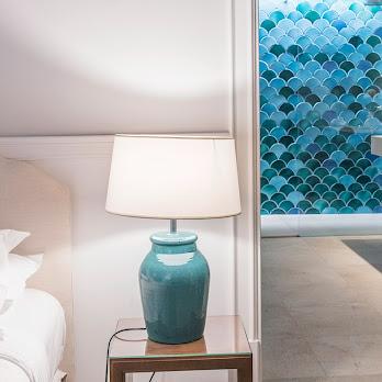 Cal Reiet Bed  + Bath