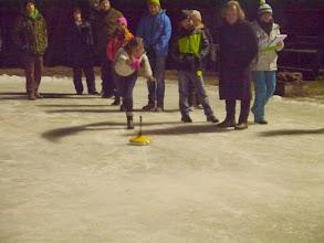Photo: Eisstockschießen bei Toni