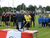 Chloë Van Mingeroet van de KAA Gent Ladies als jonge referee present in het buitenland