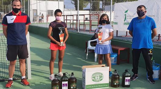 Doble éxito para el tenis femenino almeriense