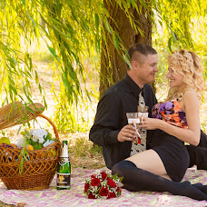 Wedding photographer Marina Belova (BellaPhoto). Photo of 22.10.2014