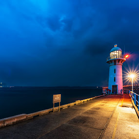 Raffles Marina Lighthouse by Ketan Vikamsey - Buildings & Architecture Bridges & Suspended Structures ( pic of the day, canon5dmarkiv, canonusa, natgeoyourshot, raffles marina lighthouse, singapore tourism board, lonelyplanet, lonelyplanetmagazineindia, natgeohd, long exposure, slow shutter, canonphotography, natgeo, photo of the day, kv kliks, natgeotravel, visit singapore, bbctravels, water scape, ketan vikamsey )
