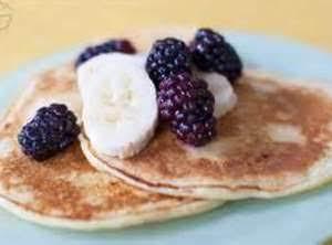 Healthy Whole Wheat Banana Bread Pancakes Recipe