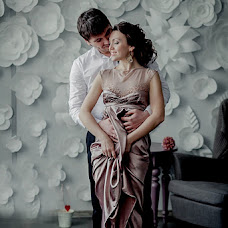 Wedding photographer Yuliya Bazhneva (Friza). Photo of 24.04.2013