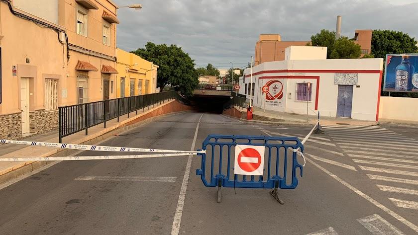 Corte del túnel del Camino de La Goleta.