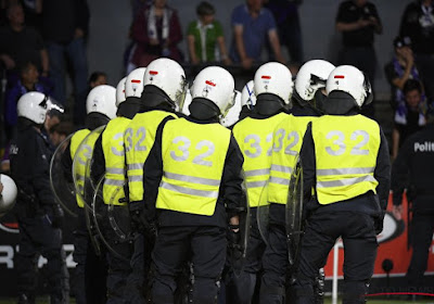 Situation dangereuse à Bruxelles ? Les hooligans de l'Antwerp, du Club de Bruges et d'Anderlecht enterrent la hache de guerre