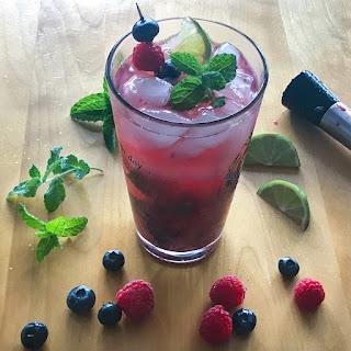 Berry Vodka Mojito.