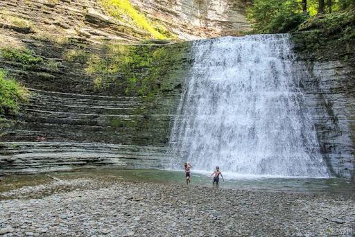 6 Best Swimming Holes Near Buffalo