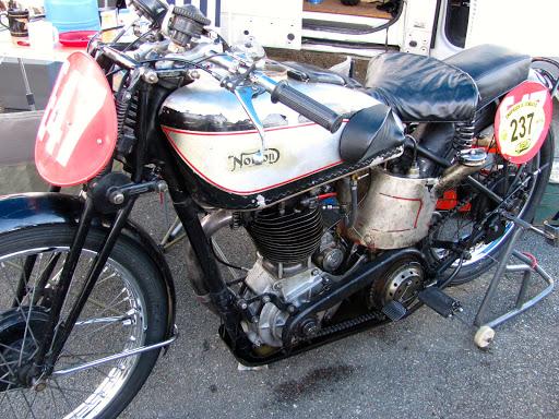 La Norton Inter de Philippe, entièrement dans son jus d'origine.