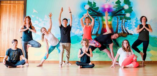 yoga con adriene perdita di peso youtube