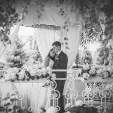 Svatební fotograf Vladimir Kondratev (wild). Fotografie z 18.12.2015