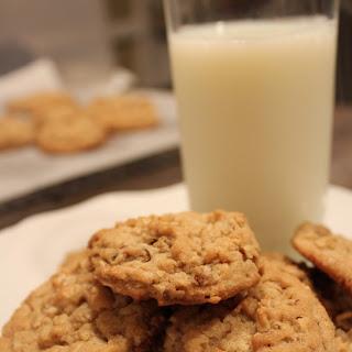 Peanut Butter Pecan Oatmeal Cookies