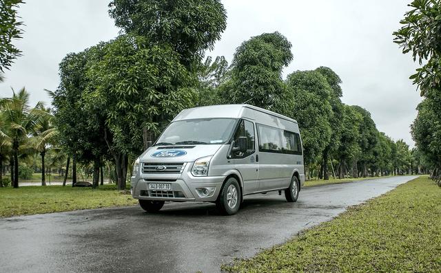 Ford Transit vẫn là lựa chọn phổ biến nhất cho nhu cầu thuê xe 16 chỗ ở Quảng Bình