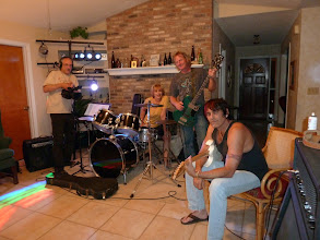 Photo: Siggi, Cherry, Tony and Brian. A great band evening in Brian's house in Longwood.