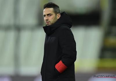 """Coach getuigt over trainerskeuze bij eersteklassers: """"Bij twee clubs getekend zonder met het bestuur over voetbal te praten"""""""