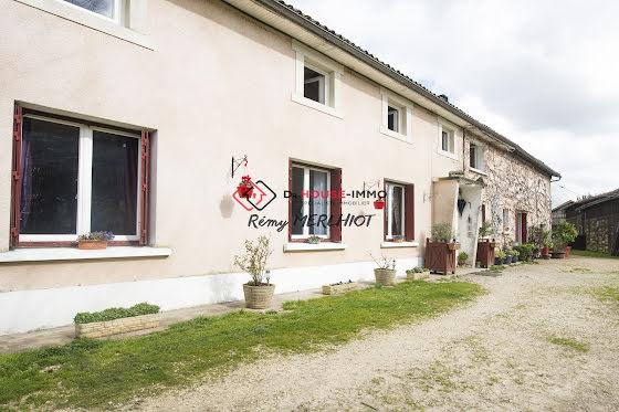 Vente maison 11 pièces 306 m2
