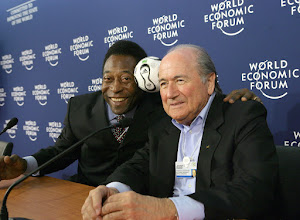 Photo: DAVOS/SWITZERLAND, 26JAN06 - Edson Arantes do Nascimento (Pele), World Cup Soccer Champion and Director, Empresas Pele, Brazil and Joseph S. Blatter, President, Federation Internationale de Football Association (FIFA), Switzerland captured during the press conference after the session 'Can a Ball Change the World: The Role of Sports in Development' at the Annual Meeting 2006 of the World Economic Forum in Davos, Switzerland, January 26, 2006. 