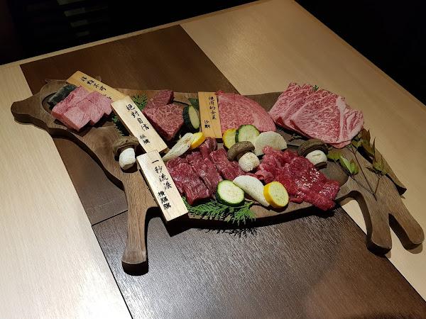 樂軒和牛專門店。日本A5 vs. 澳洲9+,一口氣把和牛從頭吃到腳