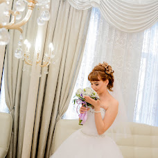 Wedding photographer Ekaterina Lovakova (Katyalova). Photo of 07.01.2017