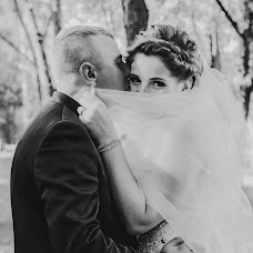 Wedding photographer Anastasiya Svorob (svorob1305). Photo of 15.02.2018