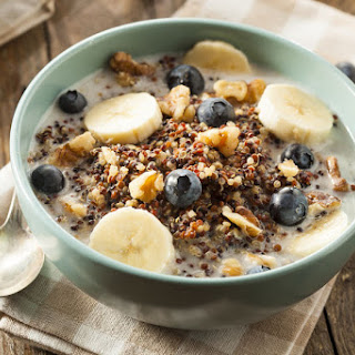 Healthy Quinoa Breakfast Bowls.