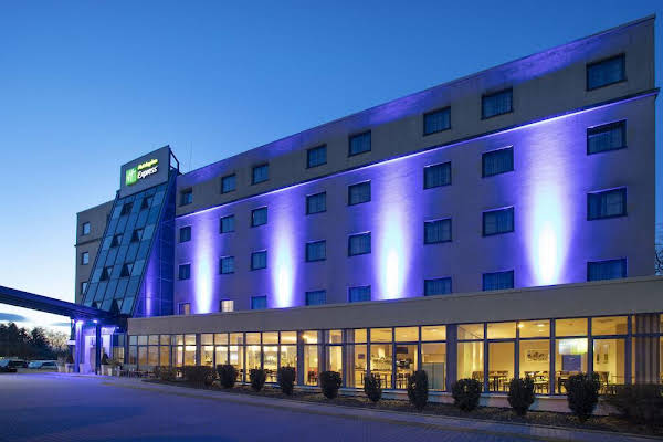 Holiday Inn Express Frankfurt Airport