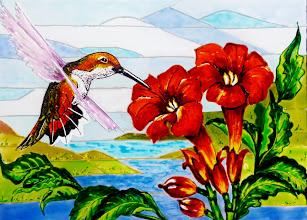 Photo: 108, Нетронина Наталья, Колибри-поцелуй с цветком, Витражные краски, контуры, фольгированный картон (витражные картины), 35х28см,