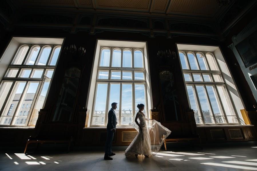 Nhiếp ảnh gia ảnh cưới Karina Klochkova (KarinaK). Ảnh của 18.10.2017