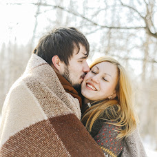Wedding photographer Lyubava Evdokimova (Ginger-alisa). Photo of 27.02.2016