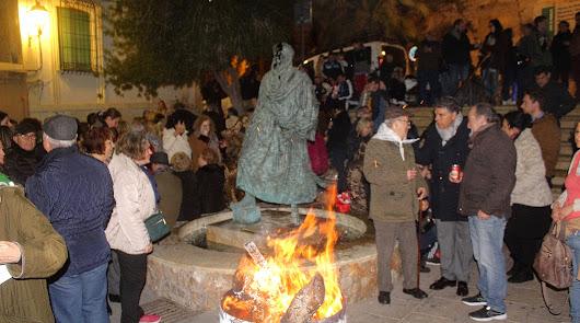 Las Hogueras de San Antón recogieron la tradición