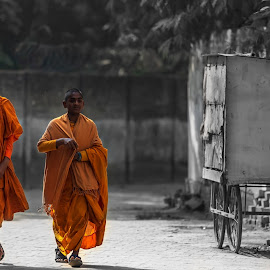 Happy Little Monks by Ketan Vikamsey - People Street & Candids ( canon5dmarkiv, pic of the day, canonusa, little monks, lonelyplanet, lonelyplanetmagazineindia, natgeohd, buddhism, up tourism, canonphotography, natgeo, photo of the day, happiness, uttar pradesh tourism, kv kliks, natgeotravel, travel the world pix, bbctravels, ketan vikamsey, incredible india )