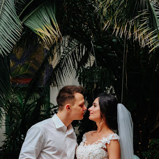 Wedding photographer Kseniya Romanova (RomanovaKseniya). Photo of 25.03.2018