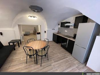 studio à Bagnols-sur-ceze (30)