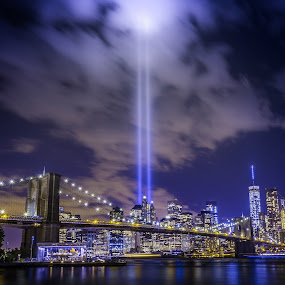 Tribute in Light by Hoover Tung - Buildings & Architecture Bridges & Suspended Structures ( skyline, freedom, skyscrapers, tribute, cityscape, nyc, ny, hudson, 11, spot, city, twin, lights, towers, york, light, downtown, september, 11th, anniversary, memorial, manhattan, in, 911, landmark, tower, new, night, bridge, brooklyn, river,  )